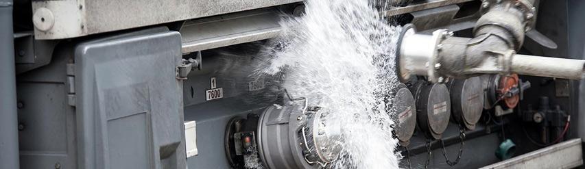 Breakaway Couplers for Loss Prevention during Fluid Transfer KLAW UK